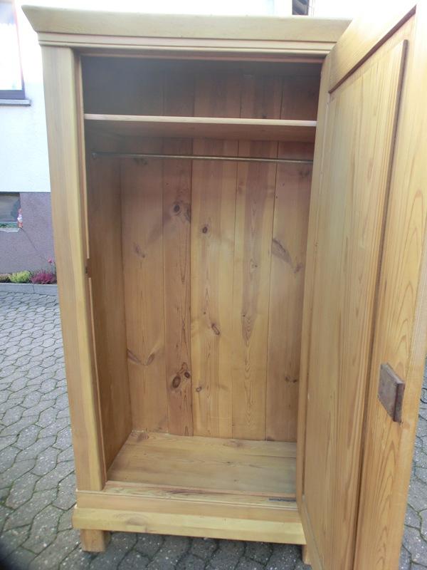 4833 schrank kleiderschrank 1 t rig weichholz garderobenschrank ebay. Black Bedroom Furniture Sets. Home Design Ideas
